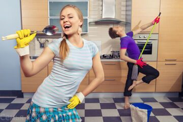 Cleaning_your_home_before_a_big_party